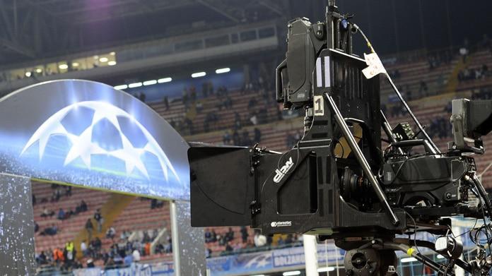 Champions League, accordo Sky - Mediaset: 16 partite in chiaro