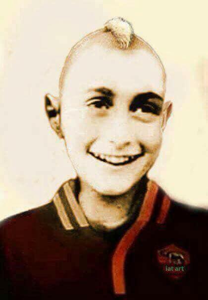 Anna Frank Anche I Romanisti Ironizzano Per Silenzio