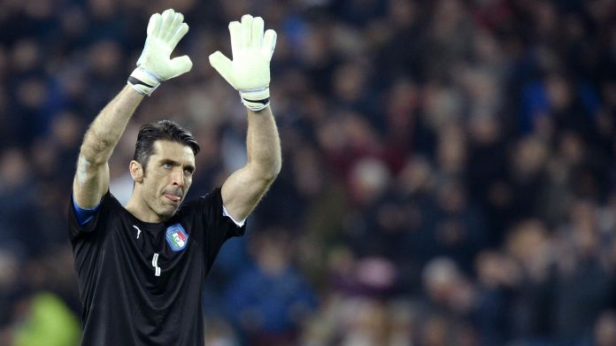 Champions League, Buffon rientra a Napoli: