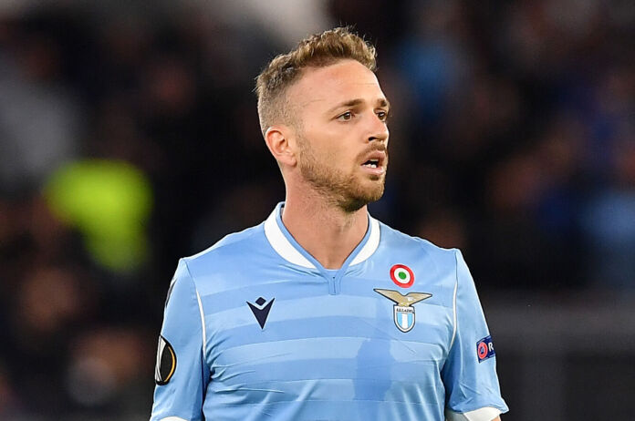 lazzari lazio europa league